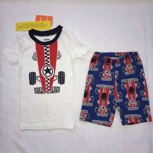 New Gymboree race car pajamas shorts 4 boys